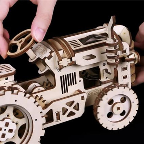 Tractor - Rokr Series - Spring Powered Mechanical Wooden Model | Robotime