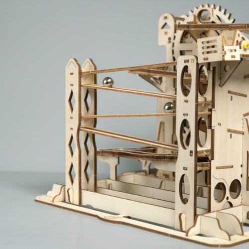 """Marble Explorer"" Lift Coaster Mechanical Wooden Marble Run Kit | Rokr"