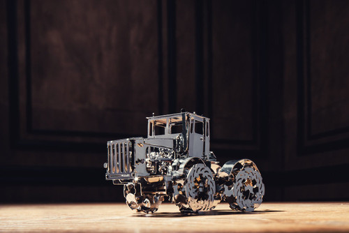 *Advanced Build* Hot Tractor Mechanical Metal Model Kit | T4M