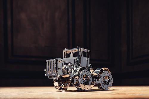 *Advanced Build* Hot Tractor Mechanical Metal Model Kit | T4M