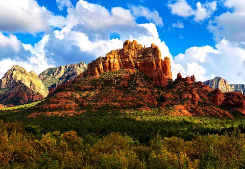 """Red Rocks of Sedona 438 Piece """"Whimsy Cut"""" Wooden Jigsaw Puzzle 