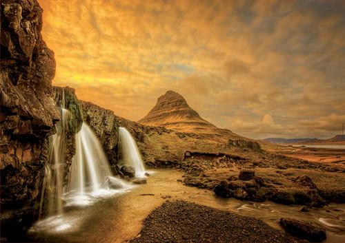 Kirkjufellsfoss Waterfall, Iceland 1000 Piece Jigsaw Puzzle | Educa