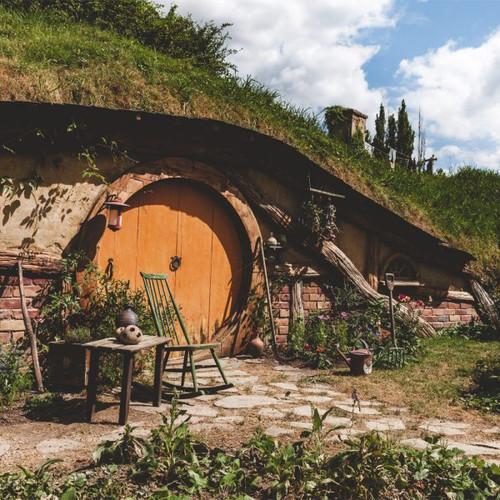 """Hobbit Hole"" 126 Piece Small Wooden Jigsaw Puzzle | Zen Puzzles"