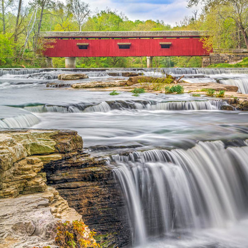 """Red Covered Bridge"" 299 Piece Large Wooden Jigsaw Puzzle 