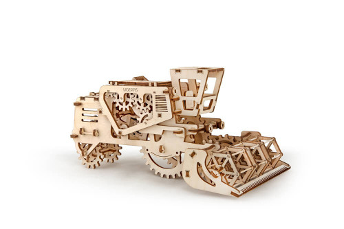 Combine Harvester Mechanical Wooden Model | UGears