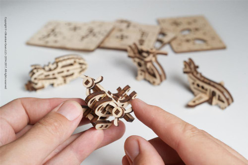 U-Fidget Tribiks Aircrafts - 3D Mechanical Wooden Model Miniature Aircrafts | UGears