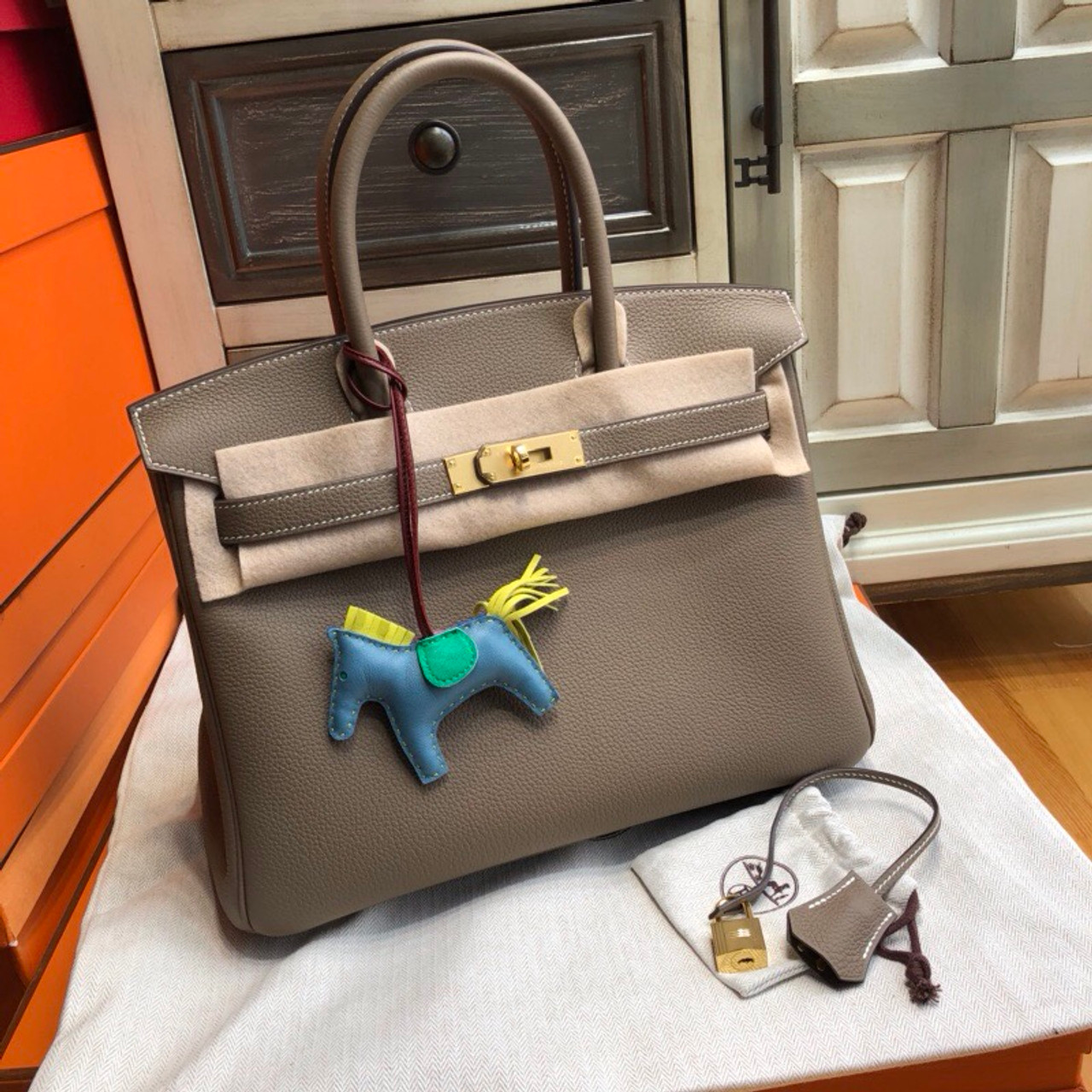 09c04d5ffc26 Hermès 18 Etoupe Birkin 30 cm Togo Leather Gold Hardware - Bella ...