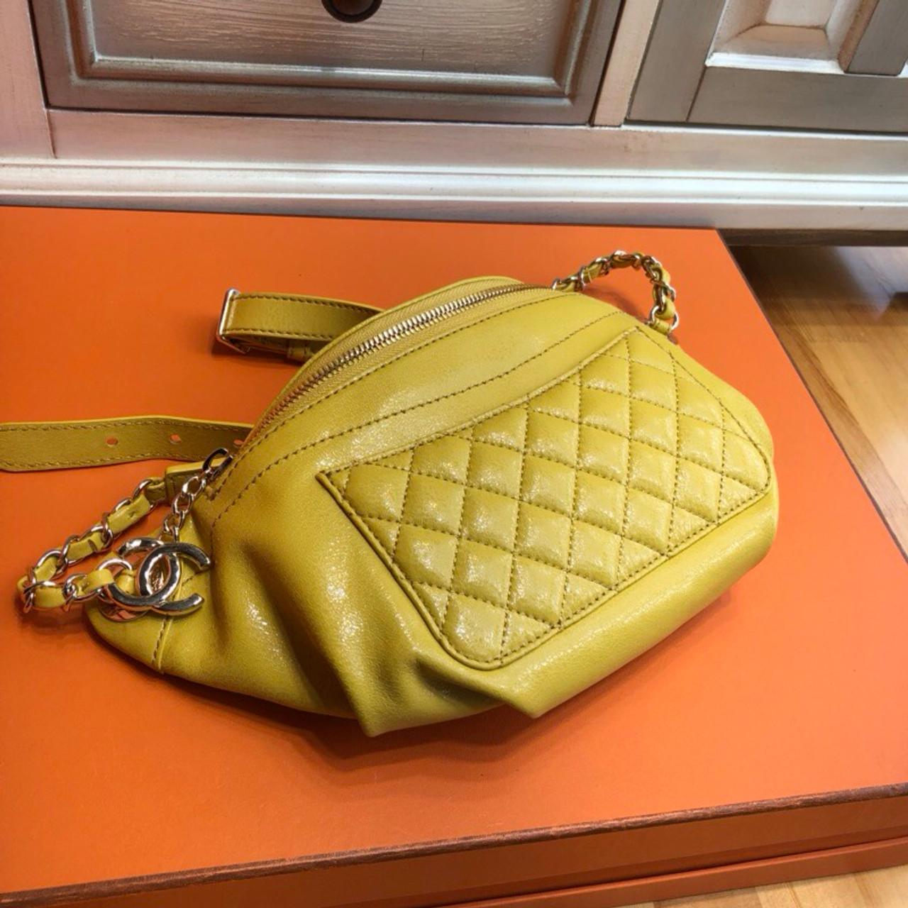 Chanel 2018 Waist Bag Yellow - Bella Vita Moda d117abc64c5db