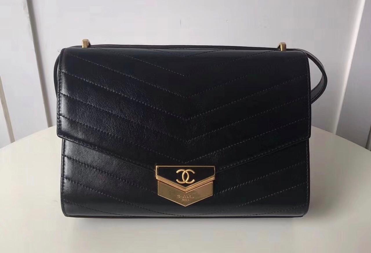 f8e14a86384f Chanel Clutch 2018 Black - Bella Vita Moda