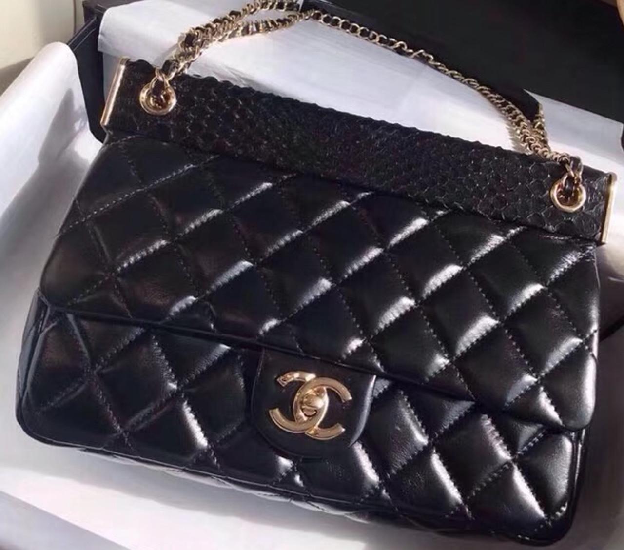 b3e6d69b323b Chanel Flap Bag A57047 - Bella Vita Moda