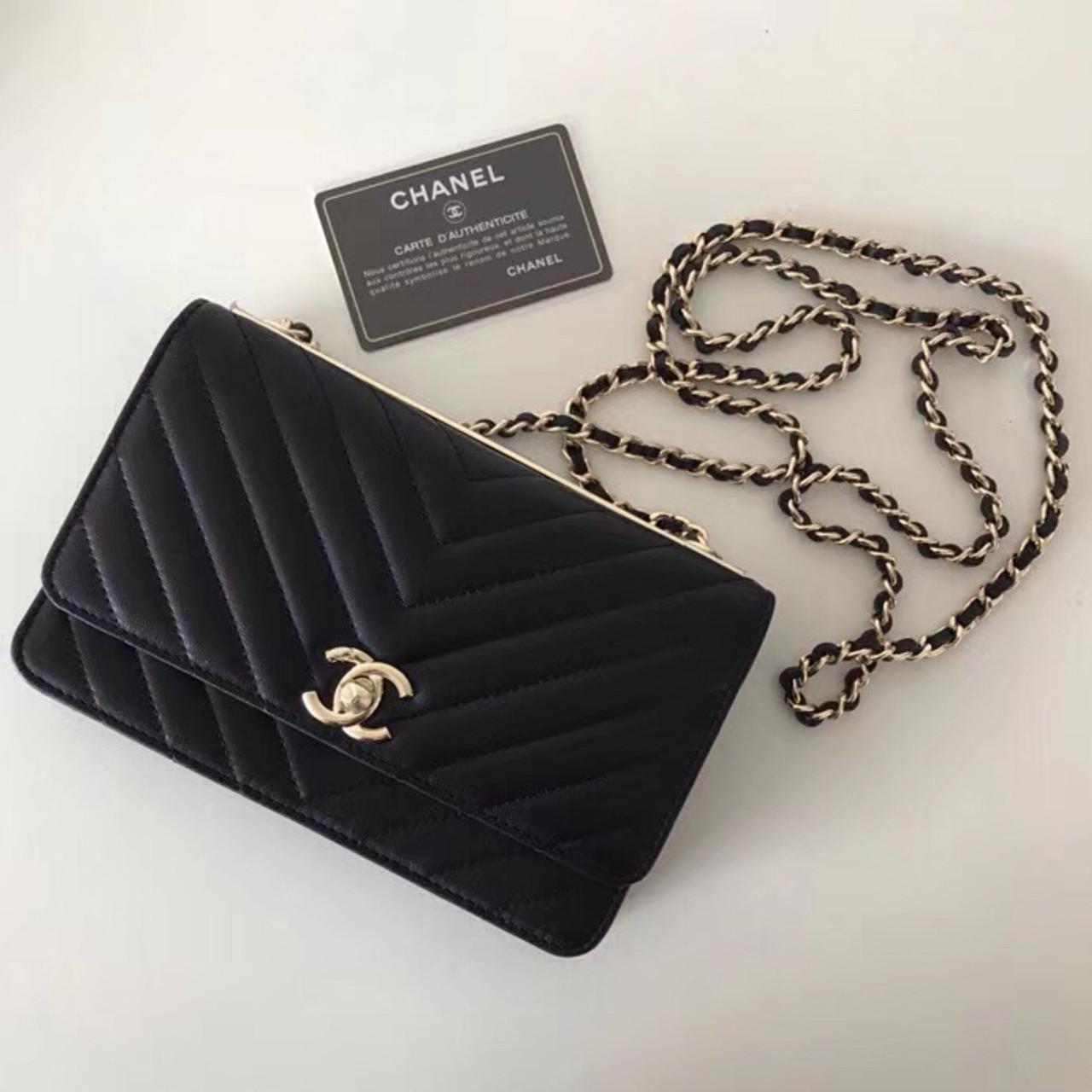 65416c001b1e87 Chanel Wallet In Chain in Black Lambskin - Bella Vita Moda