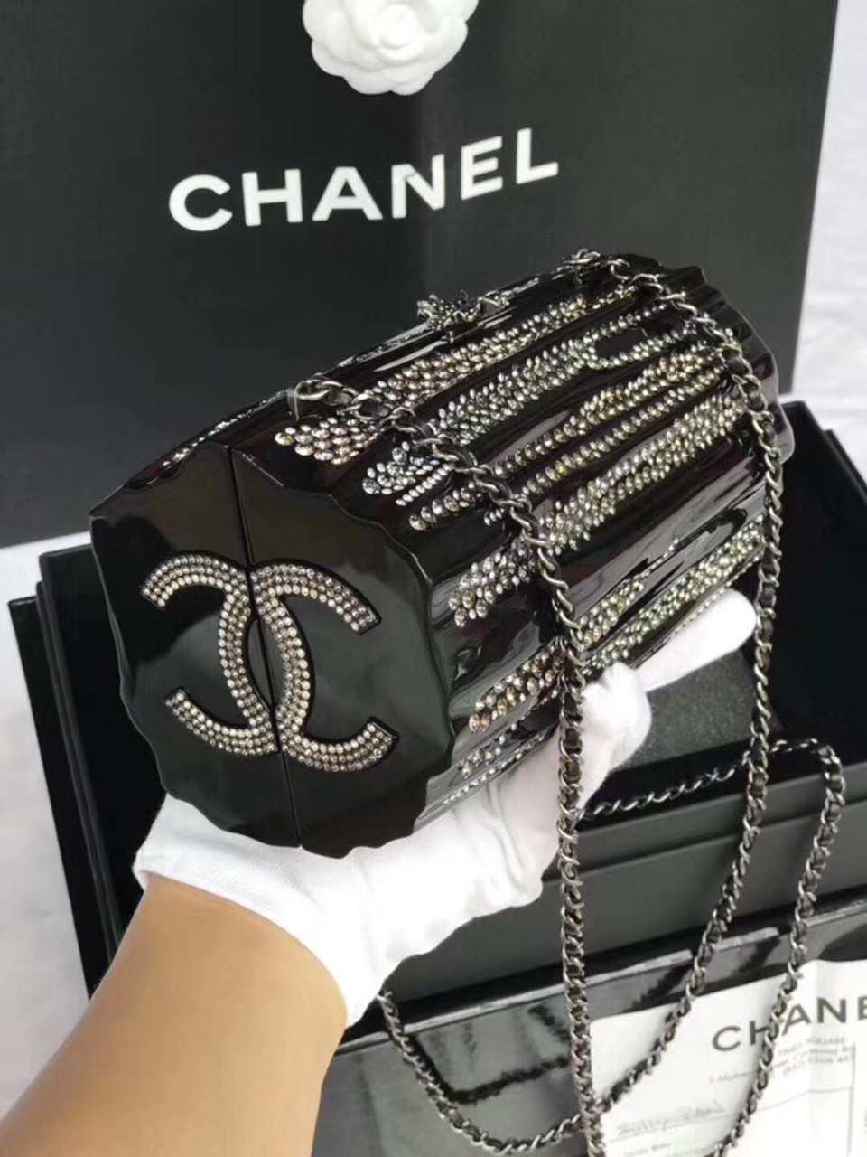 933f50f16db007 Chanel Diamond Evening Bag 2019 - Bella Vita Moda