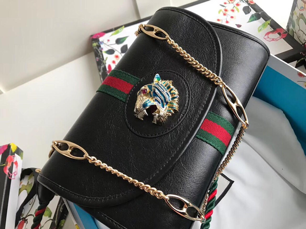 8a057d963 Gucci Rajah medium shoulder bag Black - Bella Vita Moda