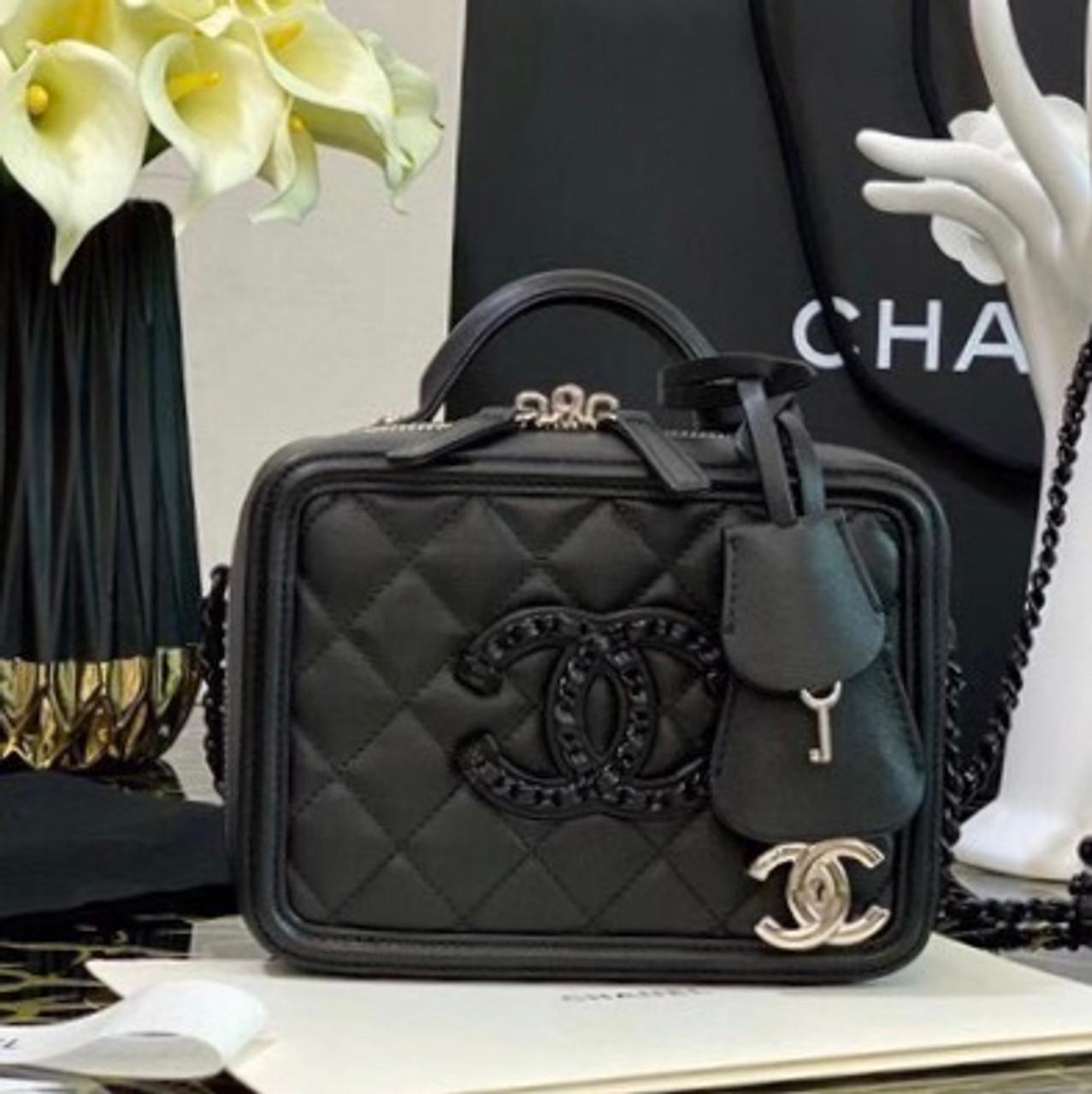 Chanel Small All Black Vanity Case Fw2020 Bella Vita Moda