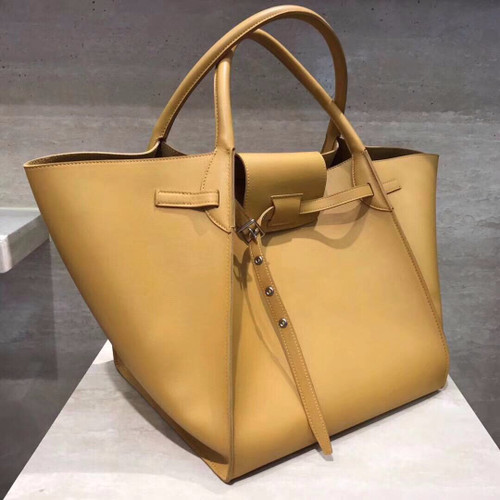Celine MEDIUM BIG BAG WITH LONG STRAP IN SUPPLE GRAINED CALFSKIN HONEY