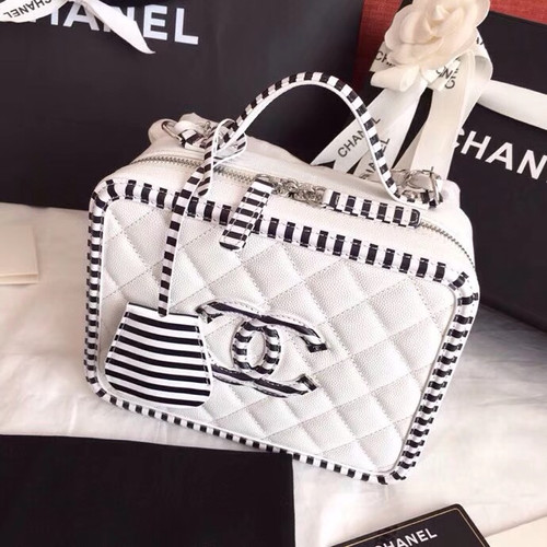 Chanel Vanity Case A93343