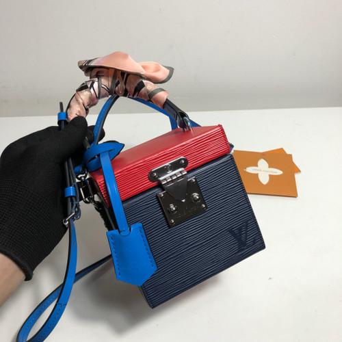 e059d35aebce Louis Vuitton CAMERA BOX M43039 - Bella Vita Moda
