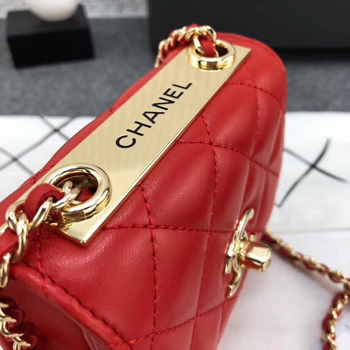 Chanel Lambskin Chain Elegant Style Shoulder Bags[ 2019 Cruise ] Red