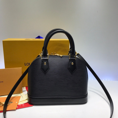 LOUIS VUITTON 2017 Epi Alma BB Flower