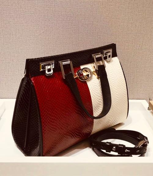 Gucci Zumi python medium top handle bag