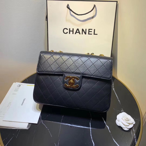Chanel Vintage Retro Classic Flap XL Quilted Jumbo Large CC Logo GHW Black Lambskin Leather Cross Body Bag