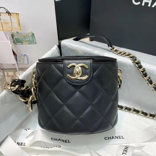Chanel Round Vanity Case