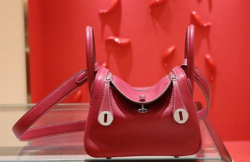 Hermes Mini Lindy 20cm Bag Ruby Togo Leather Palladium  Hardware