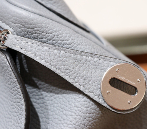 Hermes Mini Lindy 20cm Bag  Gris Mouette Togo Leather Palladium  Hardware