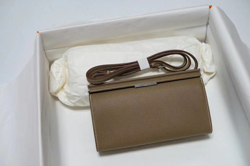 Hermes Clic-H 21 bag Etoupe Evercolor calfskin  with Palladium hardwares