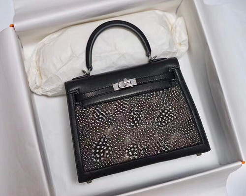 Hermes  FEATHER KELLY 32 Black Peacock feather & Box Leather with Palladium Hardware