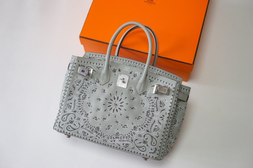 Hermes x Jay Ahr Special Edition custom-embroidering  Grey Birkin Bag 30cm Epsom Leather Palladium Hardware [Carry by Kylie Jenner, Cardi B]