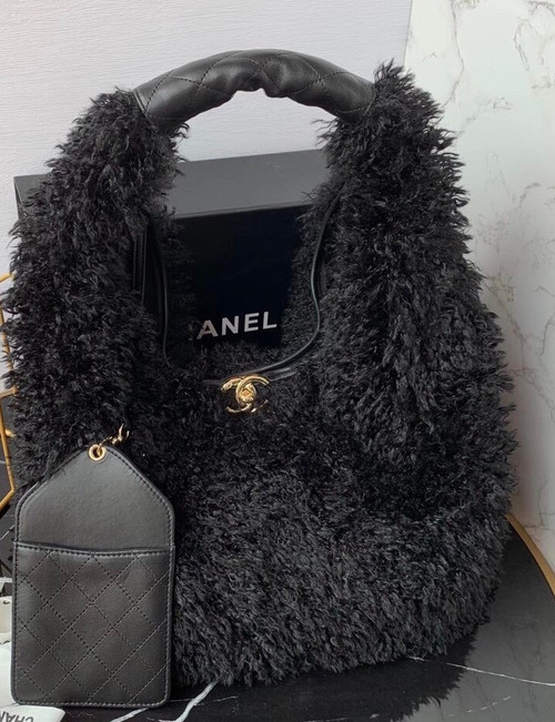 Chanel Large Hobo Bag Black