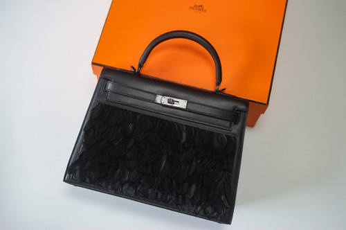 Hermes  FEATHER KELLY 32 Black feather & Swift  with Palladium Hardware