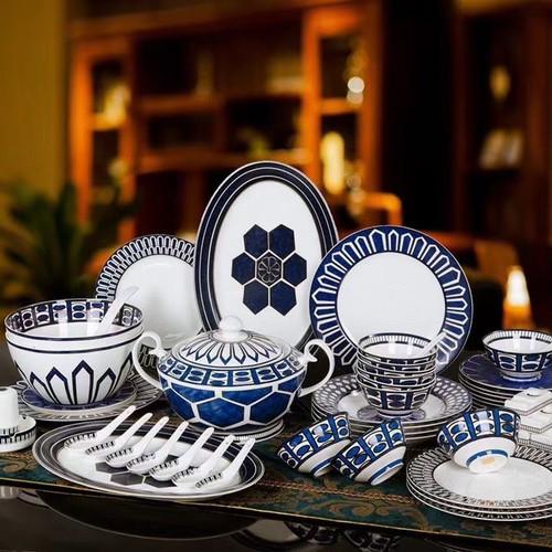 Hermès Bleus d'Ailleurs 58 Piece Table Wear set