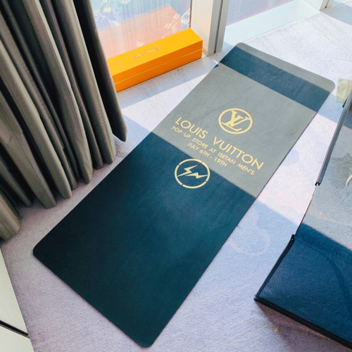 Louis Vuitton GI0501  YOGA MAT
