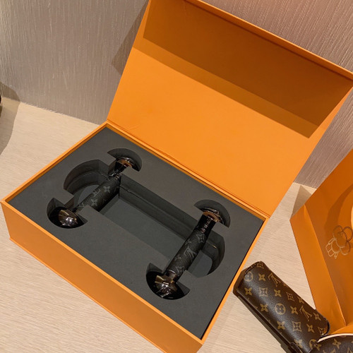 Louis Vuitton GI0433  DUMBBELLS