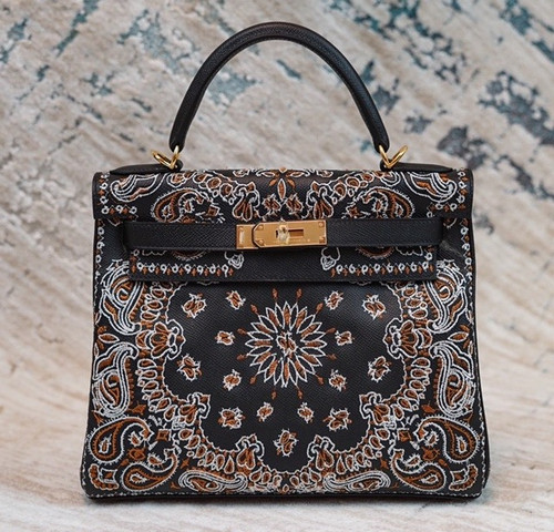 Hermes x Jay Ahr Special Edition custom-embroidering Black Kelly 28 Bag Epsom Leather Gold Hardware