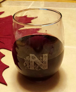 Set of 4 - Personalized Stemless Wine Glass for your Wedding, Home Bar or Restaurant
