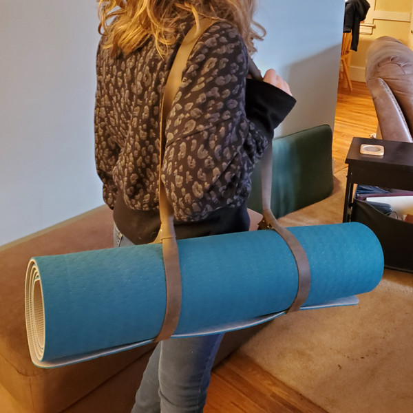 Yoga Mat or Picnic Blanket Carrier - Hand Made Leather Sling