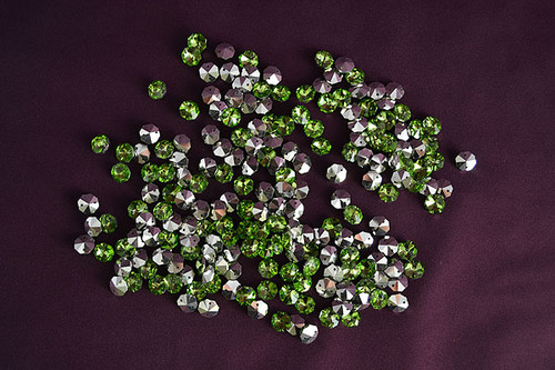 14mm Apple Green Crystal Octagon Prism Beads - Pack of 200