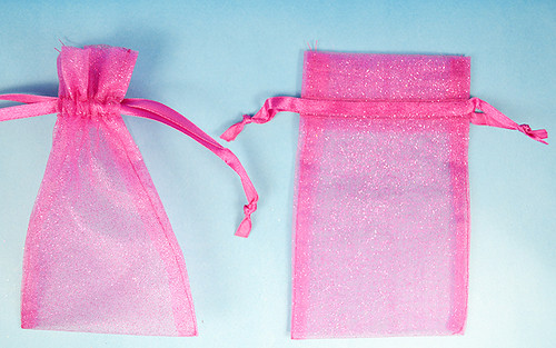 """4""""x6"""" Fuchsia Sheer Organza Bags with Glitter - Pack of 72"""