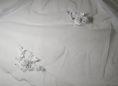 "30"" Long White One-Tier Bridal Wedding Embroidered Veils"