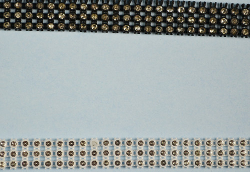 SS6 2.1 mm Plastic Trimming Chain with Rhinestones 10 Yards Long