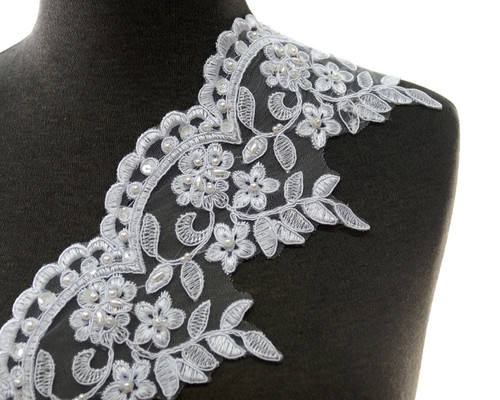 """4.5"""" x 15 Yards Floral Embroidered Bridal Venice Lace"""
