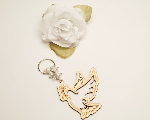 White Pearl Wooden Dove Wedding Keychain - Pack of 12
