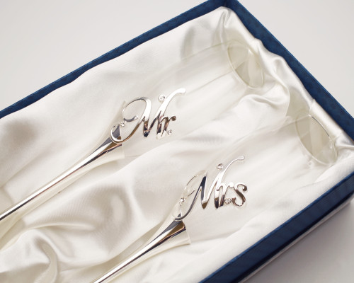 Silver Mr & Mrs Wedding Champagne Toasting  Flutes - Set of 2 Glasses