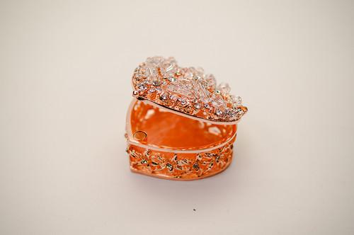 "2.25"" Rose Gold Heart Crystal Studded Wedding Arras Box Set"