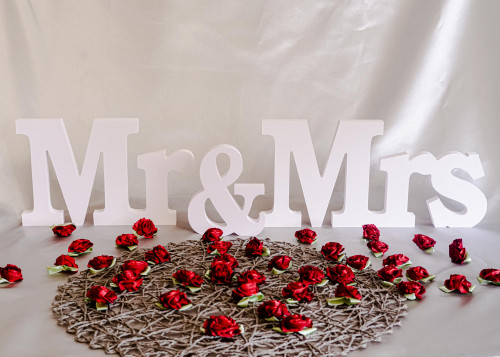 "6"" Wooden MR & MRS Wedding Centerpiece Table Decoration - 1 Set"