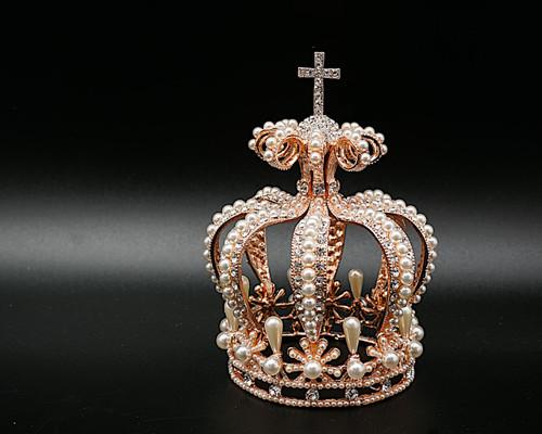 Rose Gold Full Circle Pearl Crystal Rhinestone Crown with Crucifix (TU058)