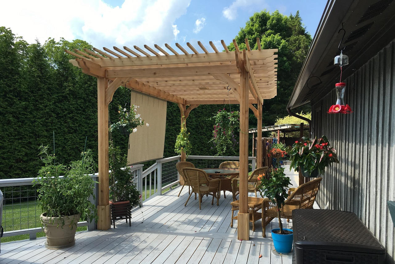 16' x 8' Classic Red Cedar Pergola / 9' posts / Extra top runners / Knoxville, TN
